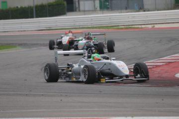 Fontana conquista anche Gara 2 a Misano