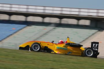 A Hockenheim pole da record per Sandro Zeller, 2° Andrea Fontana